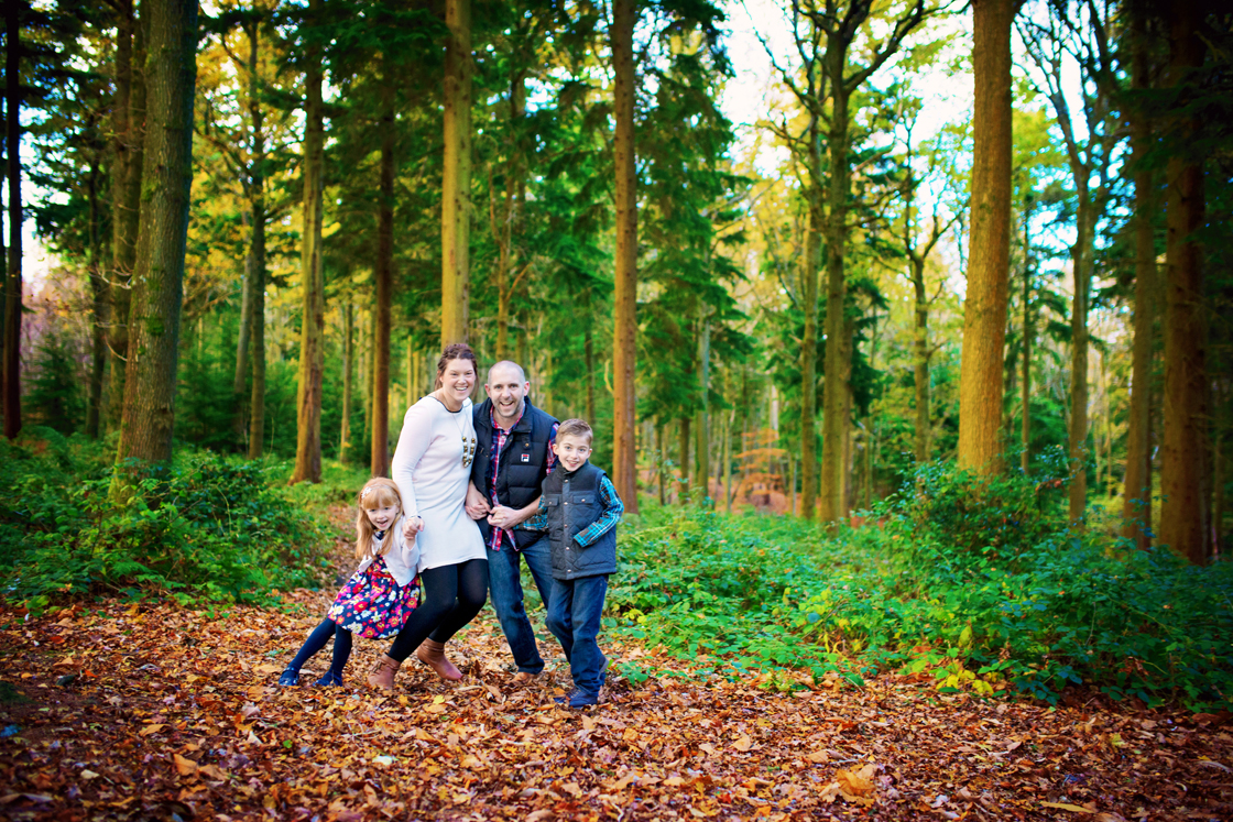 Forest of bere hampshire wedding photographer gavin and teresa family autumn engagement session photography by vicki002 jpg photography by vicki