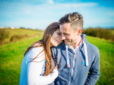 Peter + Sarah | Engaged | Hadleigh Castle, Essex | London Wedding Photographer