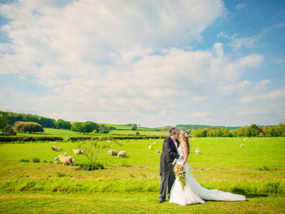 Andy + Jessica | Farbridge Barn Wedding Photographer