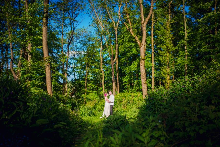 Chichester Wedding Photographer Tipi Festival Wedding - James & Tarn - Photography By Vicki_0007