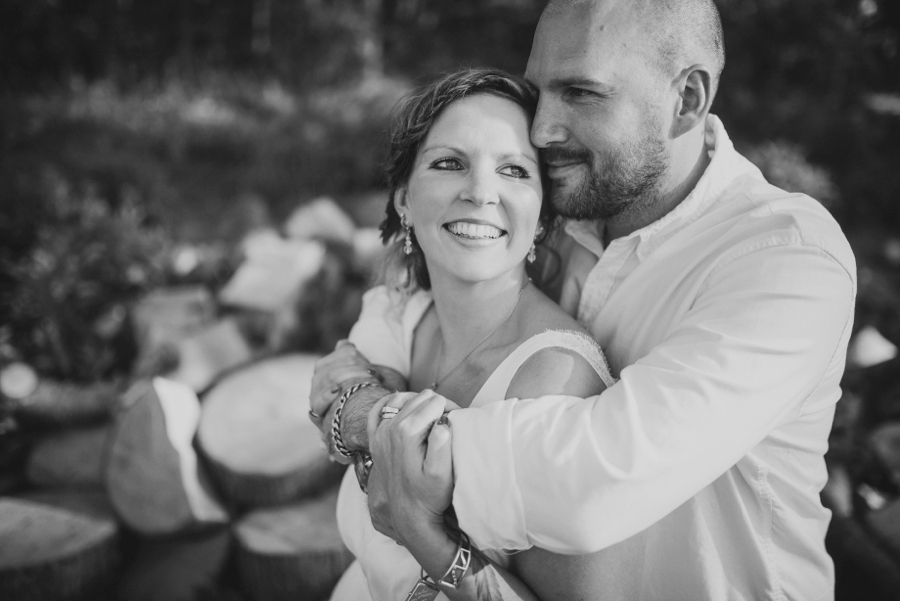Chichester Wedding Photographer Tipi Festival Wedding - James & Tarn - Photography By Vicki_0013