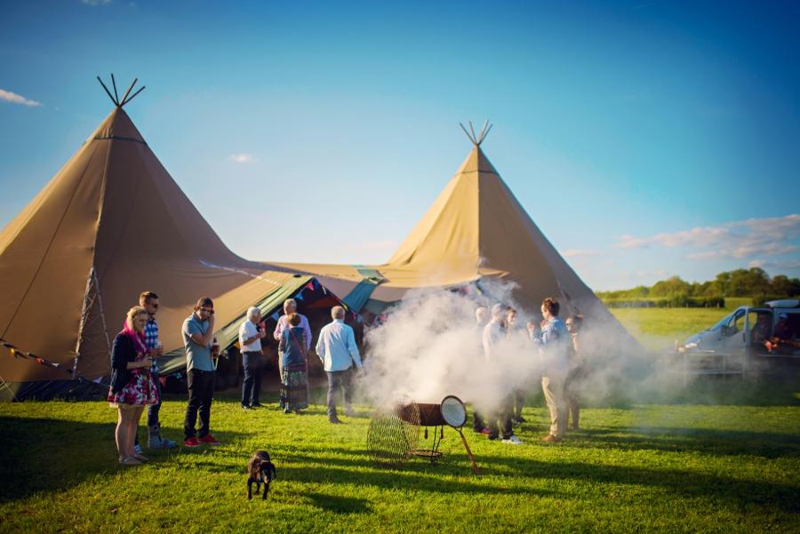 Chichester Wedding Photographer Tipi Festival Wedding - James & Tarn - Photography By Vicki_0018