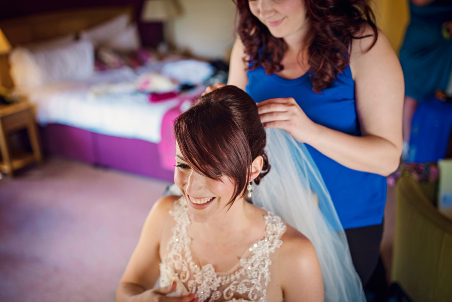 Bedfordshire-Wedding-Photographer-The-Barns-Hotel-Barry-andMandy-Photography-by-Vicki_0013