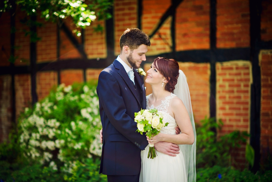 Bedfordshire-Wedding-Photographer-The-Barns-Hotel-Barry-andMandy-Photography-by-Vicki_0051