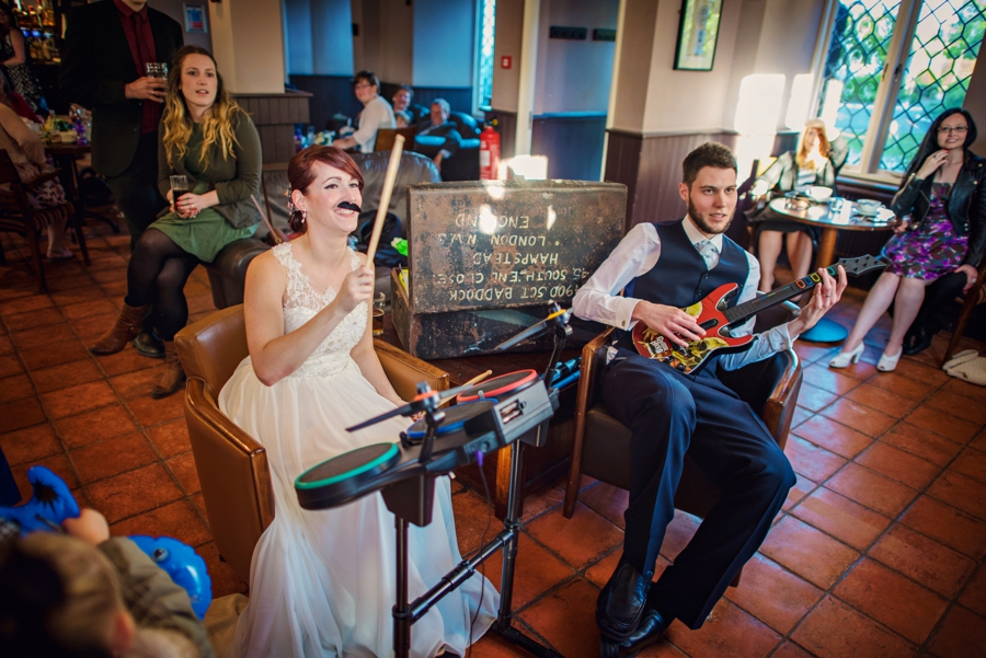 Bedfordshire-Wedding-Photographer-The-Barns-Hotel-Barry-andMandy-Photography-by-Vicki_0073