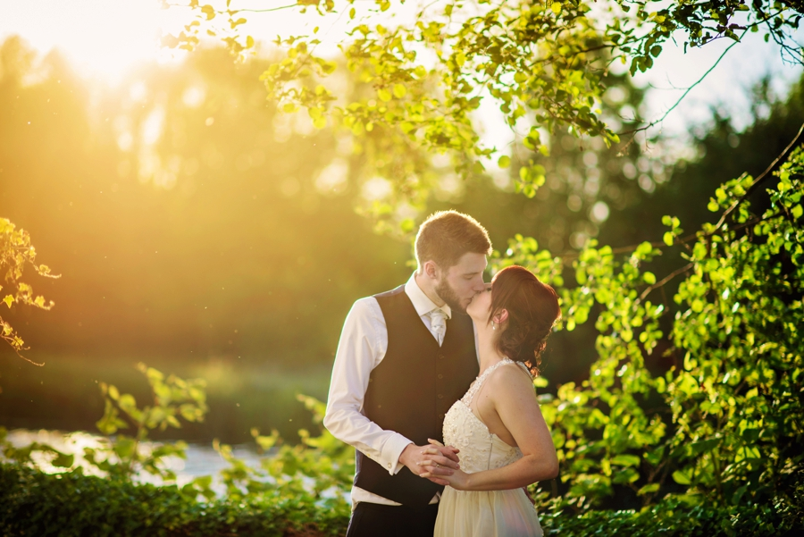 Bedfordshire-Wedding-Photographer-The-Barns-Hotel-Barry-andMandy-Photography-by-Vicki_0074