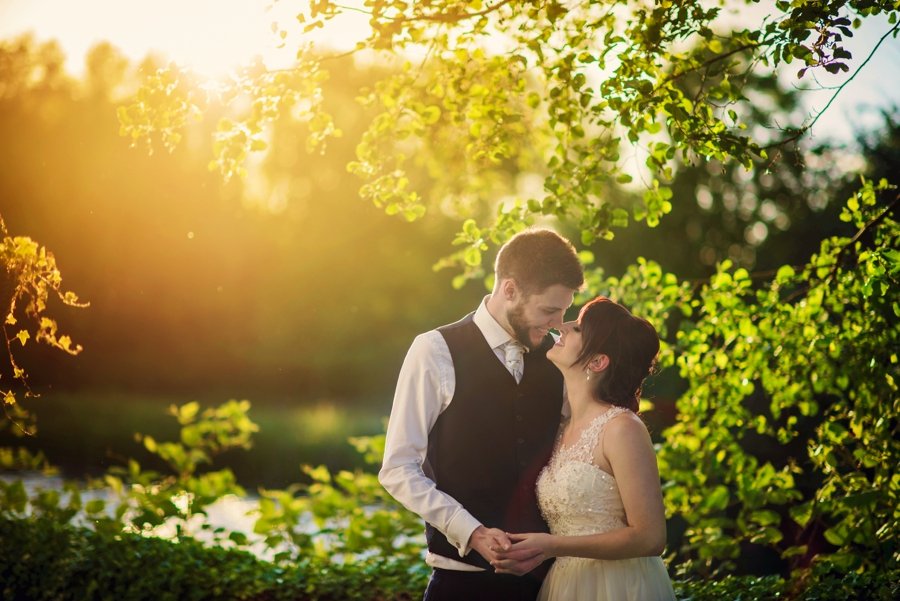Bedfordshire-Wedding-Photographer-The-Barns-Hotel-Barry-andMandy-Photography-by-Vicki_0076