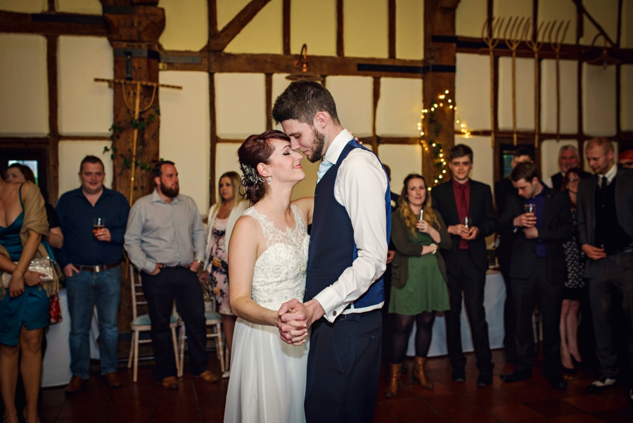 Bedfordshire-Wedding-Photographer-The-Barns-Hotel-Barry-andMandy-Photography-by-Vicki_0079