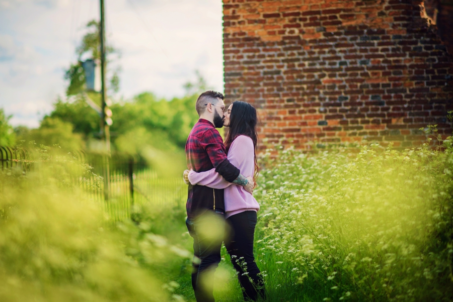 Alternative-Wedding-Photographer-Engagement-Session-Rob-and-Sinead-Photography-by-Vicki_0002