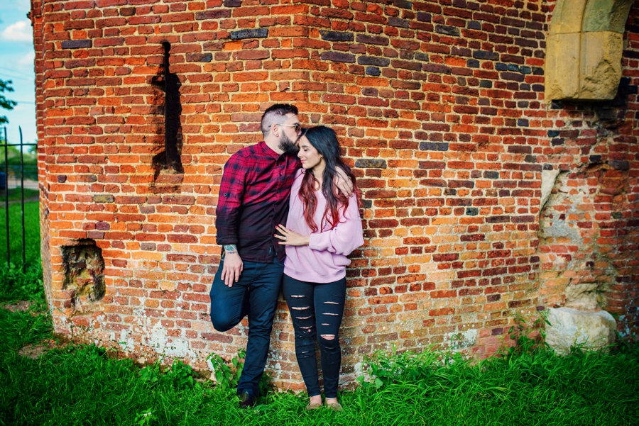 Alternative-Wedding-Photographer-Engagement-Session-Rob-and-Sinead-Photography-by-Vicki_0005