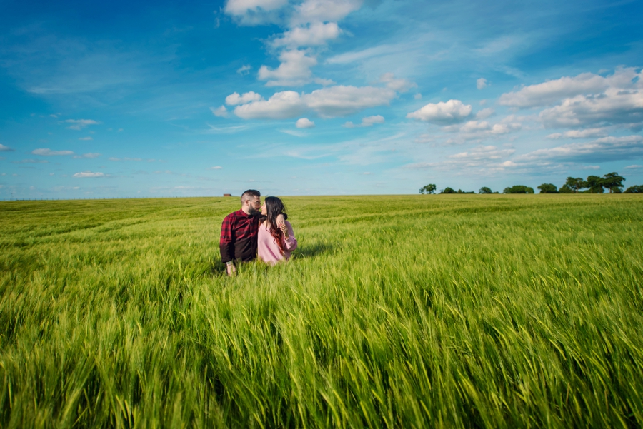 Alternative-Wedding-Photographer-Engagement-Session-Rob-and-Sinead-Photography-by-Vicki_0011
