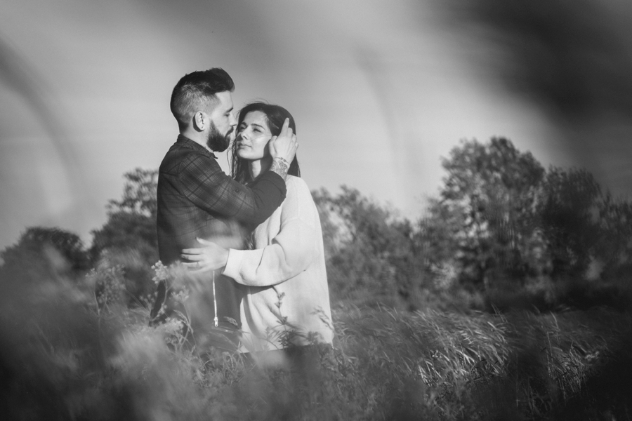 Alternative-Wedding-Photographer-Engagement-Session-Rob-and-Sinead-Photography-by-Vicki_0030