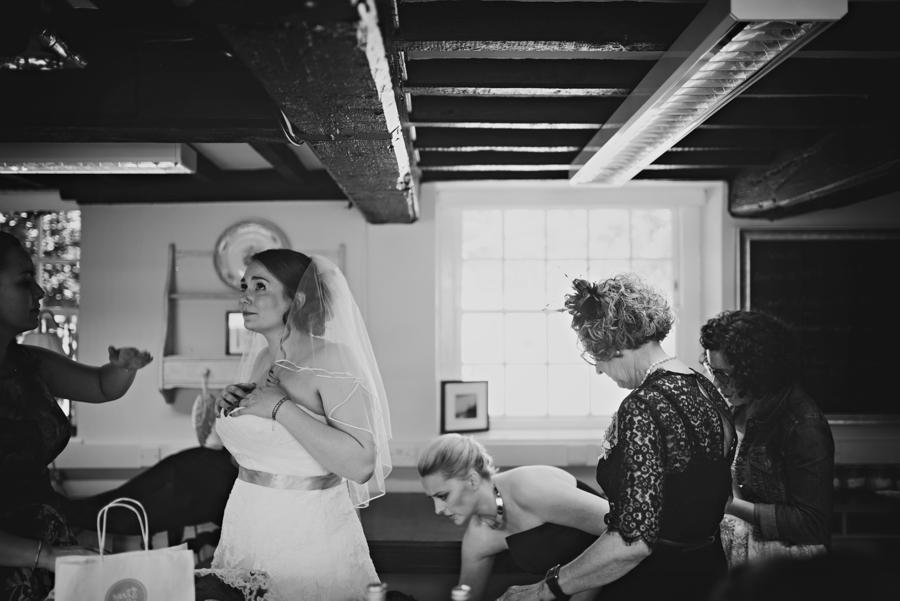 Secret-Garden-Wedding-Photographer-Adam-and-Corinna-Photography-by-Vicki_0021