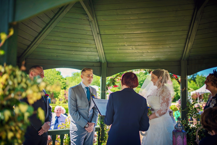 Secret-Garden-Wedding-Photographer-Adam-and-Corinna-Photography-by-Vicki_0034