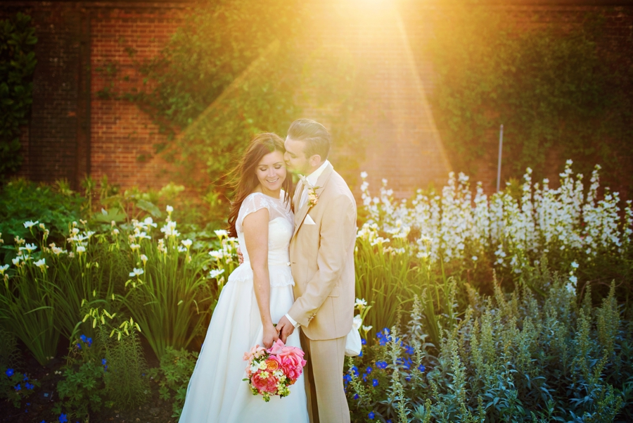Cliveden-House-Wedding-Photographer-Simon-and-Laura-Photography-by-Vicki_0087