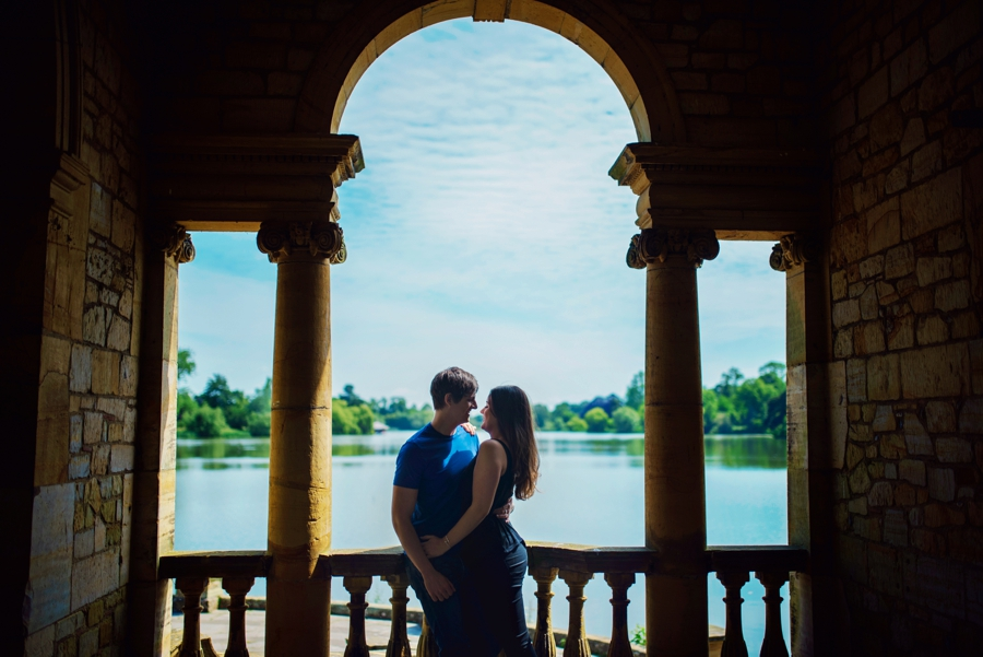 Hever-Castle-Wedding-Photographer-Engagement-Session-Max-and-Leila-Photography-by-Vicki_0010