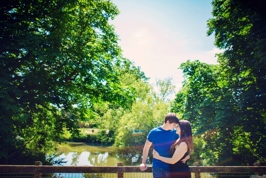 Hever-Castle-Wedding-Photographer-Engagement-Session-Max-and-Leila-Photography-by-Vicki_0020
