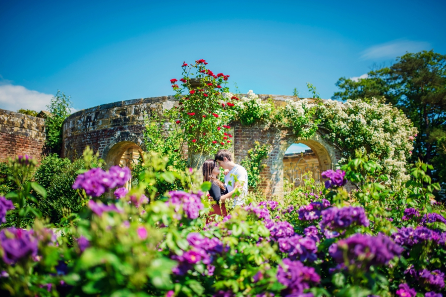 Hever-Castle-Wedding-Photographer-Engagement-Session-Max-and-Leila-Photography-by-Vicki_0023