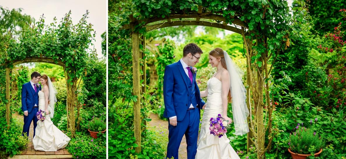 Bartholomew Barns Wedding Photographer Owen and Hannah Photography by Vicki_0042