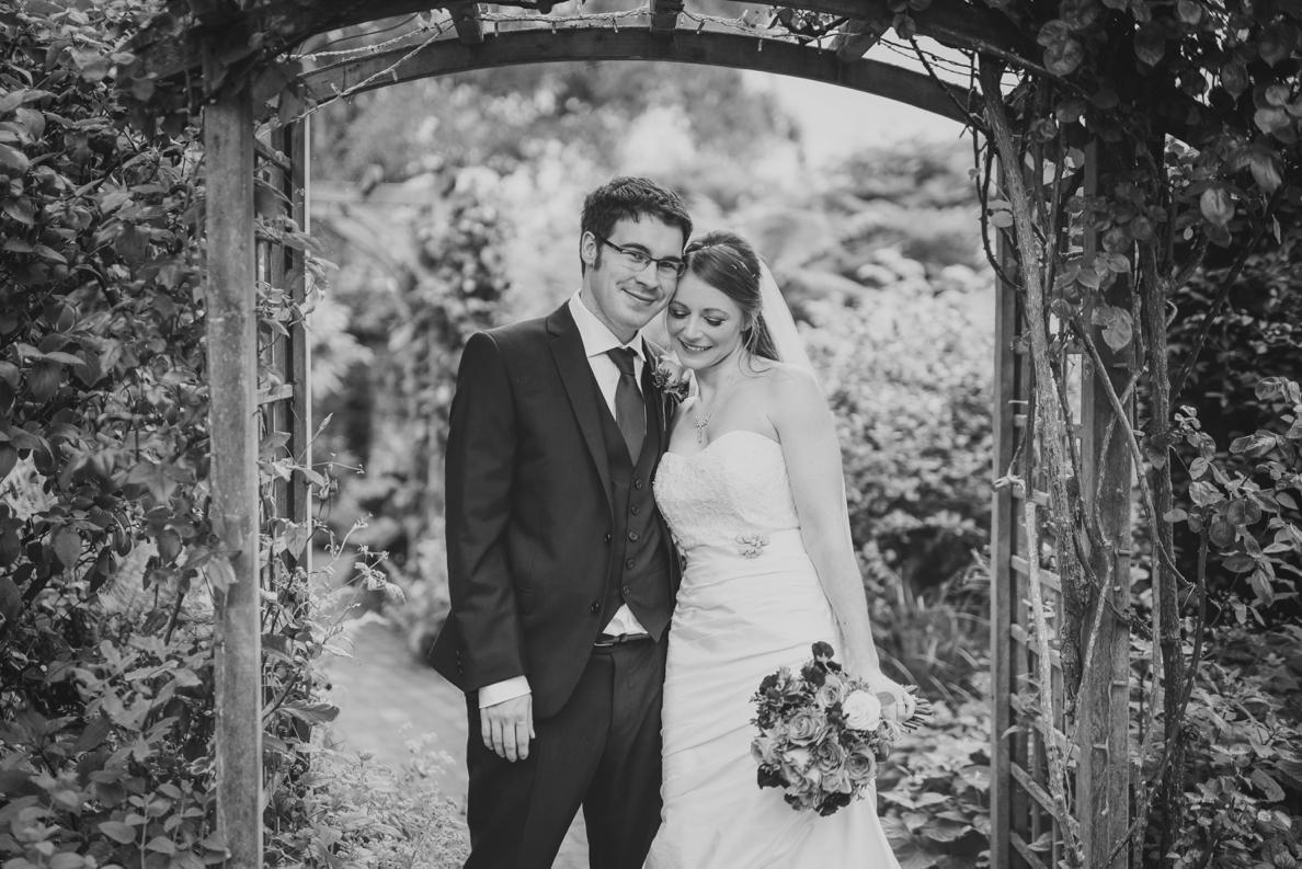 Bartholomew Barns Wedding Photographer Owen and Hannah Photography by Vicki_0043