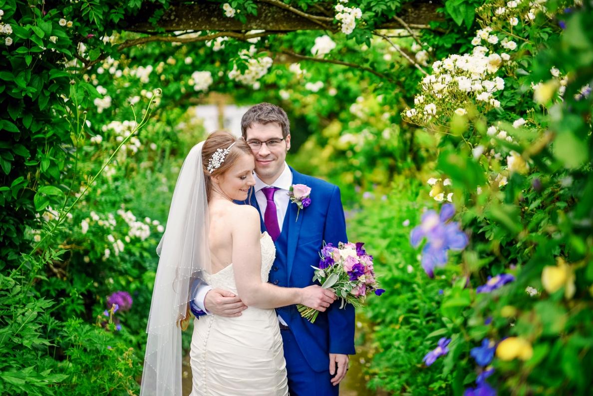 Bartholomew Barns Wedding Photographer Owen and Hannah Photography by Vicki_0045