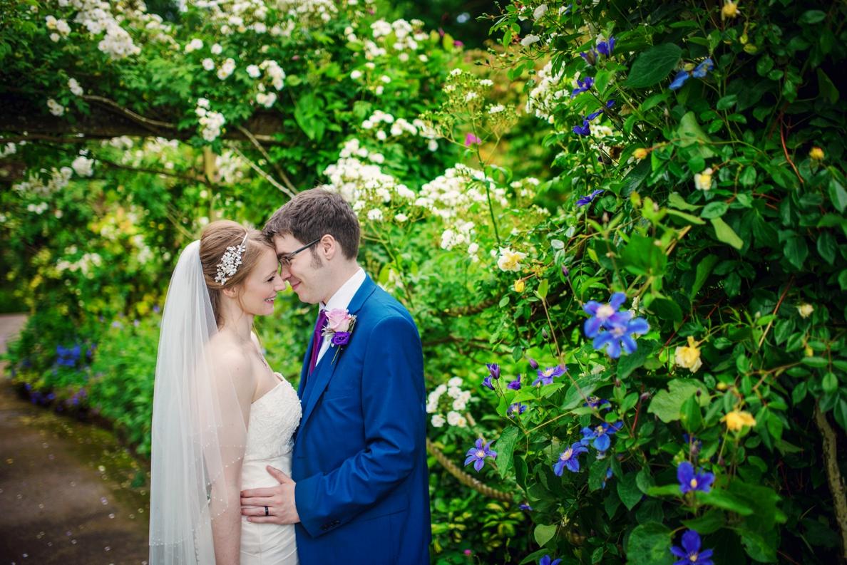 Bartholomew Barns Wedding Photographer Owen and Hannah Photography by Vicki_0049