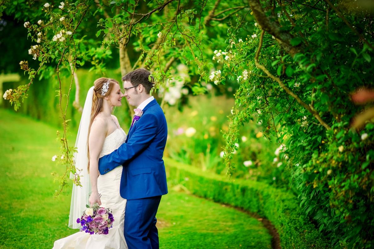 Bartholomew Barns Wedding Photographer Owen and Hannah Photography by Vicki_0060