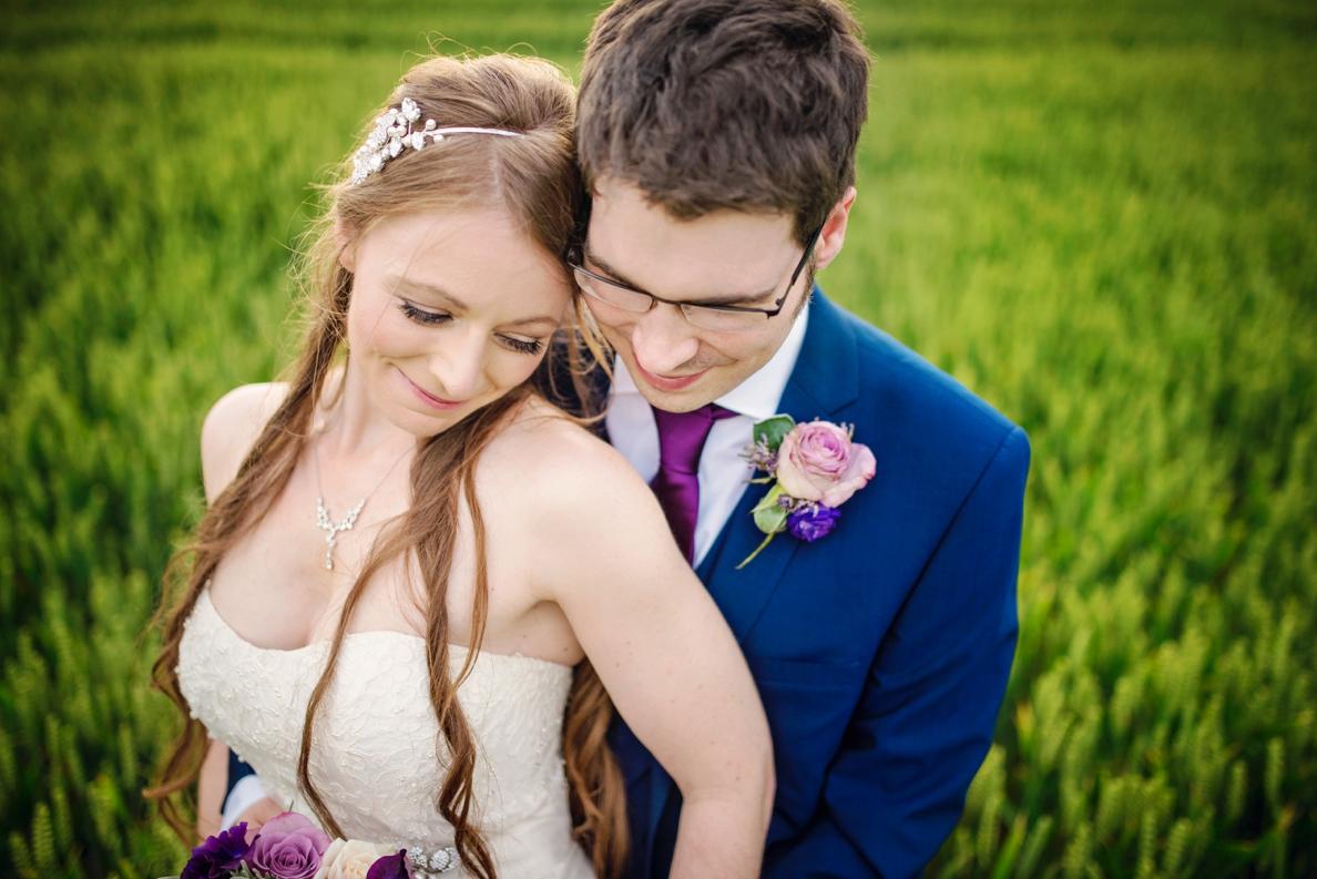 Bartholomew Barns Wedding Photographer Owen and Hannah Photography by Vicki_0083