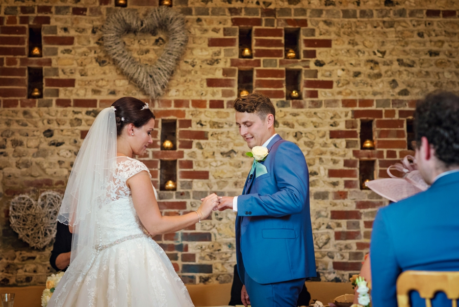 Upwaltham Barns Wedding Photography Harry and Philippa Photography by Vicki_0043