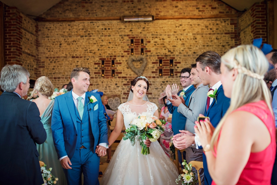 Upwaltham Barns Wedding Photography Harry and Philippa Photography by Vicki_0045