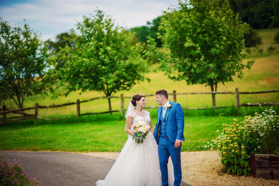 Upwaltham Barns Wedding Photography Harry and Philippa Photography by Vicki_0064