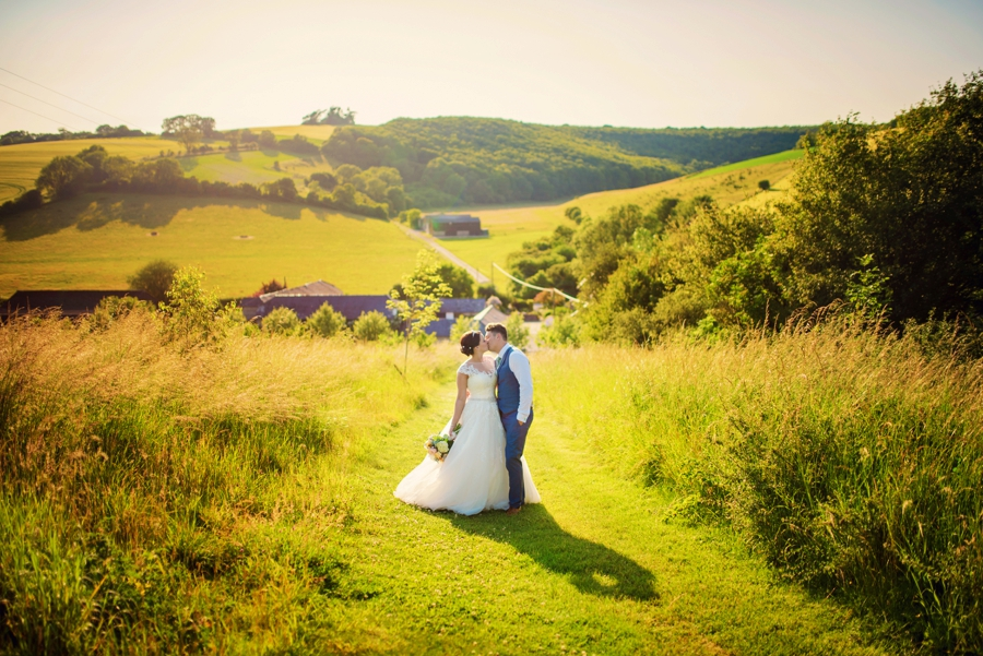 Upwaltham Barns Wedding Photography Harry and Philippa Photography by Vicki_0094