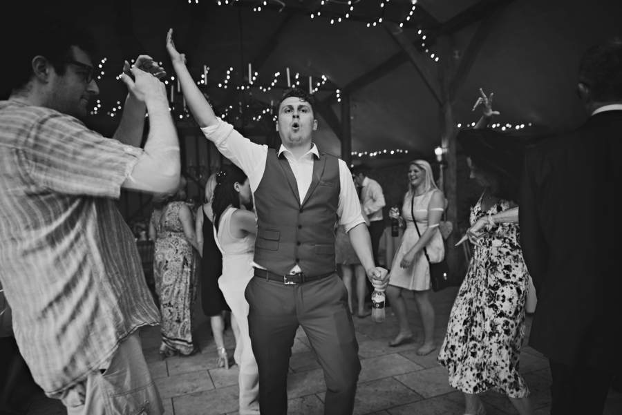 Upwaltham Barns Wedding Photography Harry and Philippa Photography by Vicki_0114