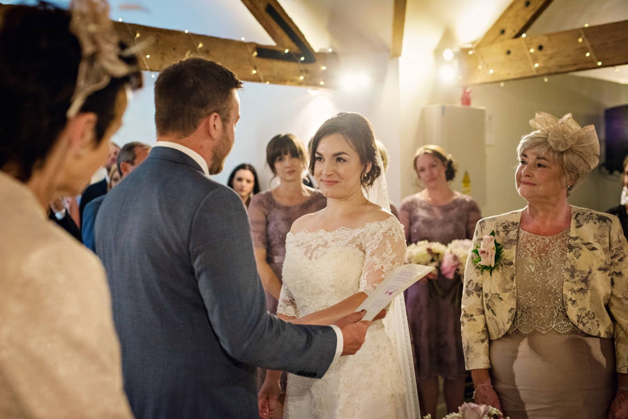 Farbridge Wedding Photographer Richard and Lynsey Photography by Vicki_0033