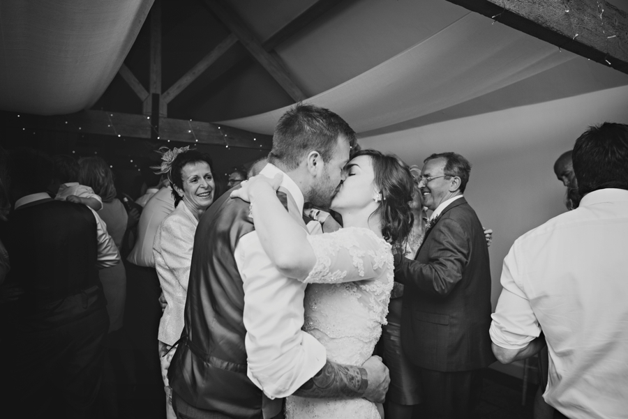Farbridge Wedding Photographer Richard and Lynsey Photography by Vicki_0112