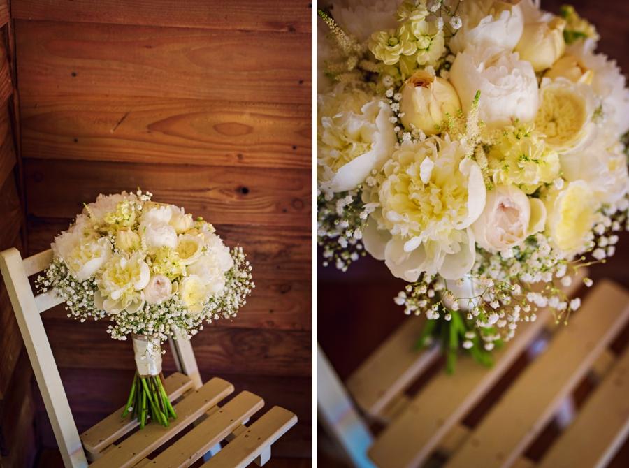 Upwaltham Barns Wedding Photography - Phil & Netty - Photography by Vicki_0015