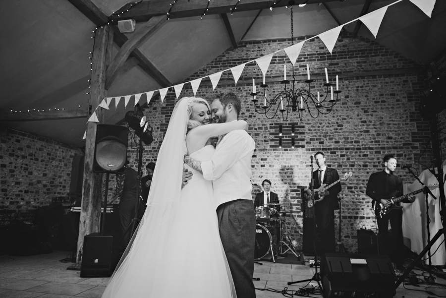 Upwaltham Barns Wedding Photography - Phil & Netty - Photography by Vicki_0096