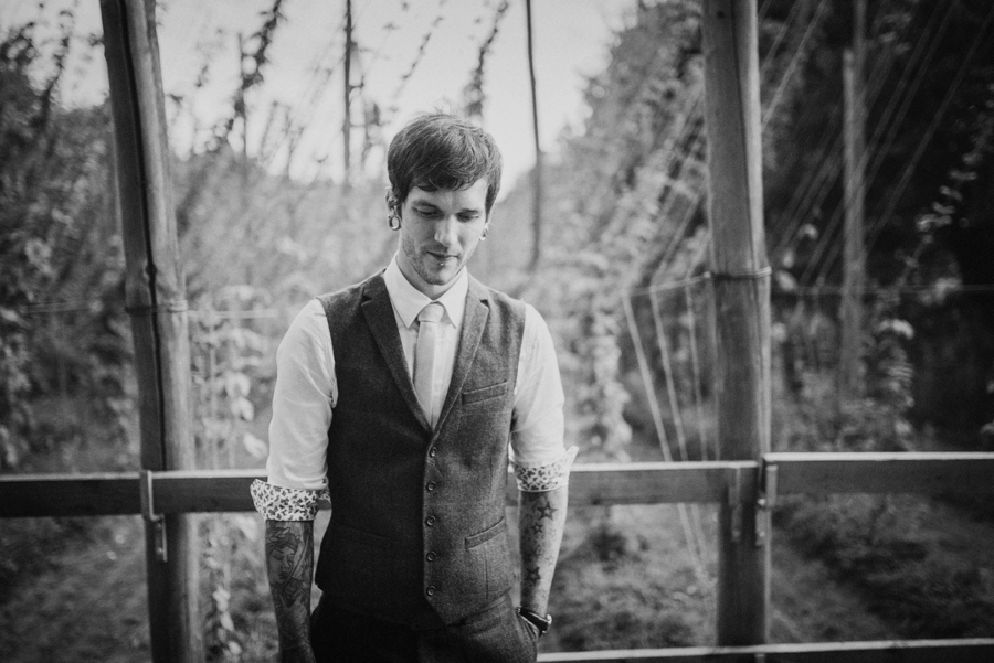 Kent Life Wedding Photographer - Tattooed Bride Tattooed Groom - Ben & Danni - Photography by Vicki_0106