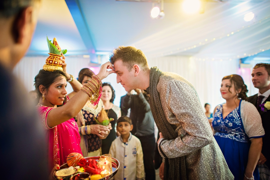 Hindu Wedding Photographer Ladywood Estate Wedding Photography- Paul & Anj - Photography by Vicki_0024