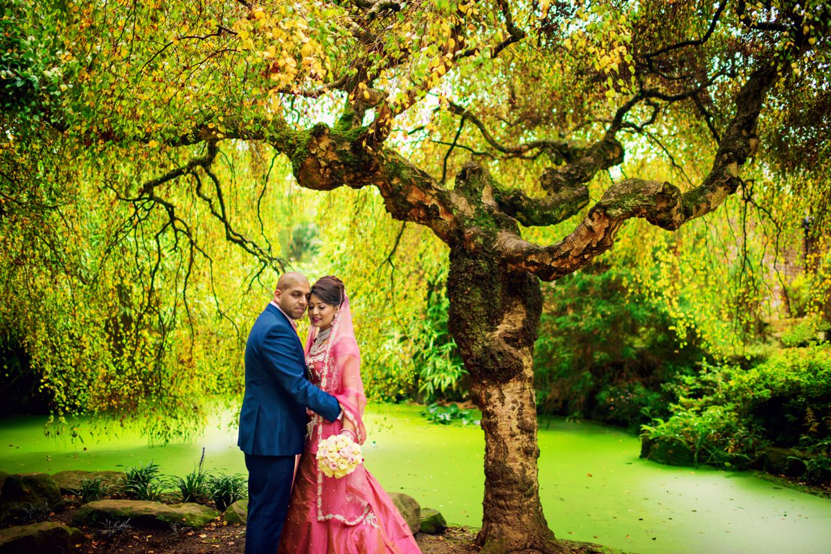 Syon Park Geat Conservatory Wedding Photographer - Edward & Khalima - Photography by Vicki_0014
