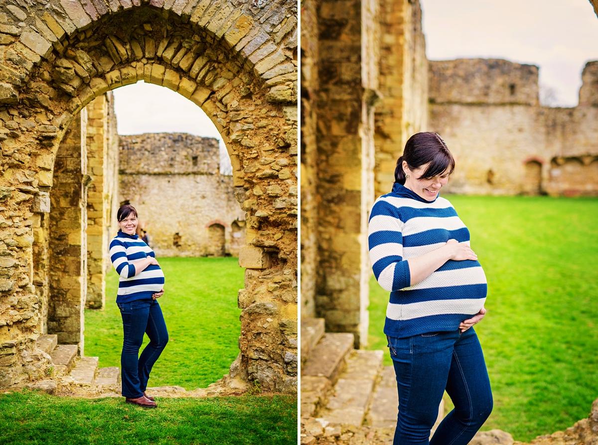 Hampshire Newborn Photographer - Netley Abbey - Maternity Photos - Photography by Vicki_0001