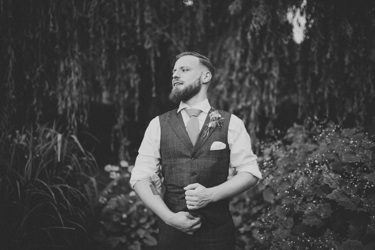 nettlestead-place-wedding-photographer-kent-wedding-photography-photography-by-vicki_0087