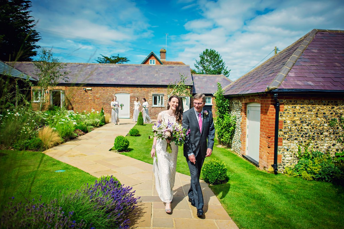 Farbridge Wedding Photography - Photography by Vicki - Barn Wedding Inpiration